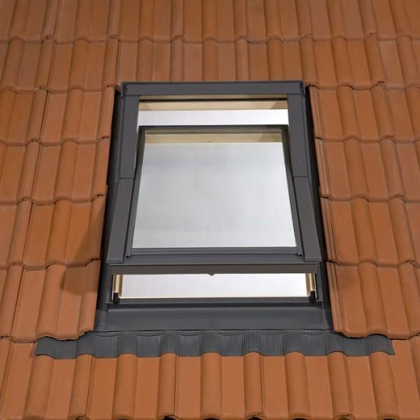 TYREM DPX C4A B500 koka jumta logi 550x980 (ar pieslēgumu plakanam jumta segumam) 4