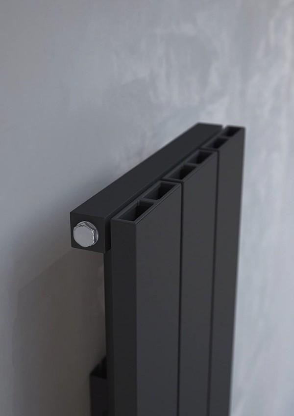 melns vertikālais radiators 1800x280 4