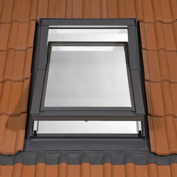 TYREM PVC APX C2A B700 logs 550x780mm (ar pieslēgumu viļņotam jumta segumam) 4