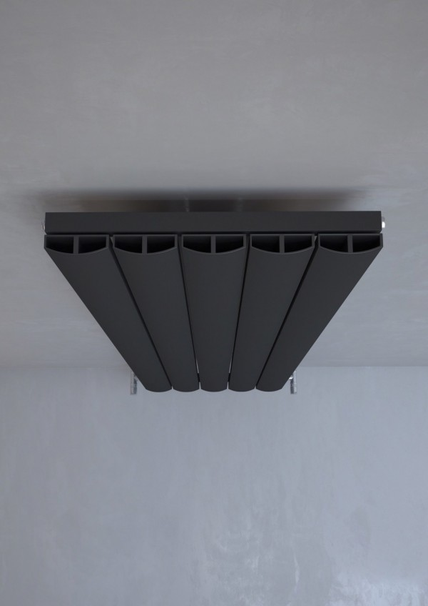 melns vertikālais radiators 1800x470 3