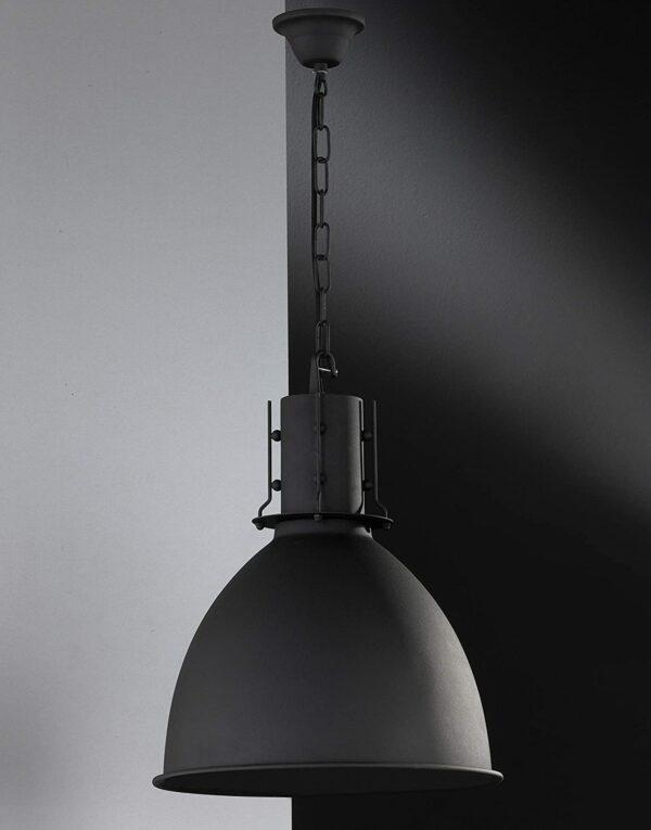 griestu lampa London in Schwarz E27 2